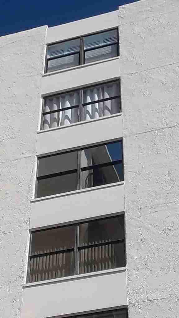 Florida impact windows building